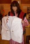 Презентация одежды для медитаций, - тёплый жилет для белой робы.